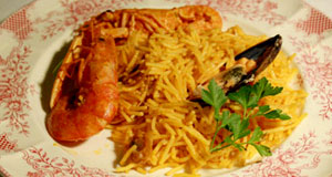Fideuà : Noodles with squids and prawns